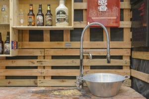 Fotografia de ambiente cervejaria mais por menos